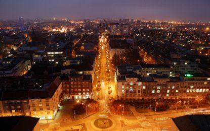 Ostrava při západu slunce nebo pod rouškou tmy