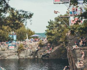 Bláznivé skoky do vody i z 30 metrů, to je Desperados High Jump!