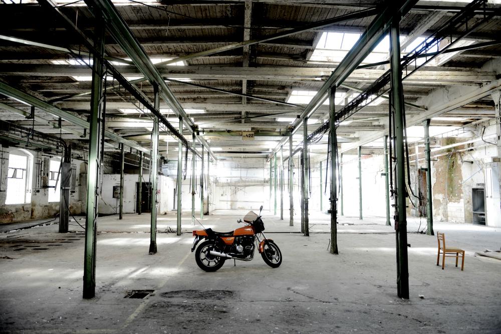 tovarna2