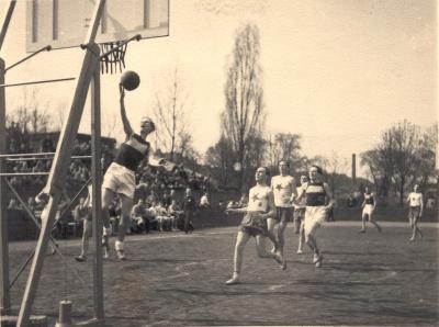 5_v-ymca-se-narodil-basketbal_foto-ymca-repro-zdarma